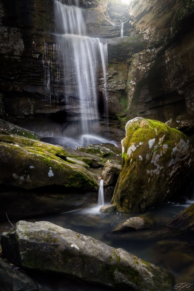landscape, waterfall, magical light, picture, gorge, long exposure, Sony Alpha, ferns, moss, wet rock.