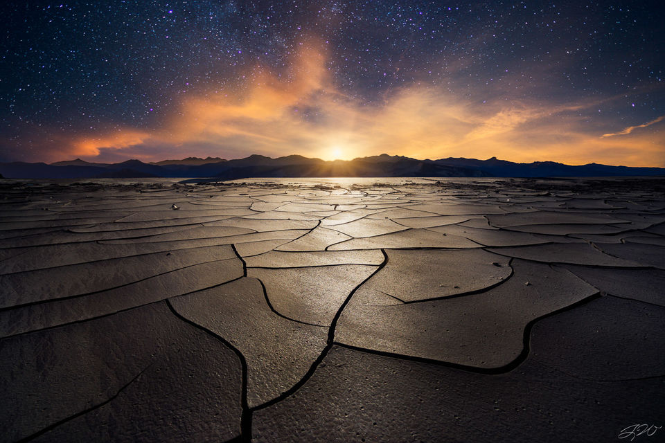 Astrophotography, Clouds, Cracks, Desert, Landscape, Moonrise, Mountains, Mud, Nightscape, Stars