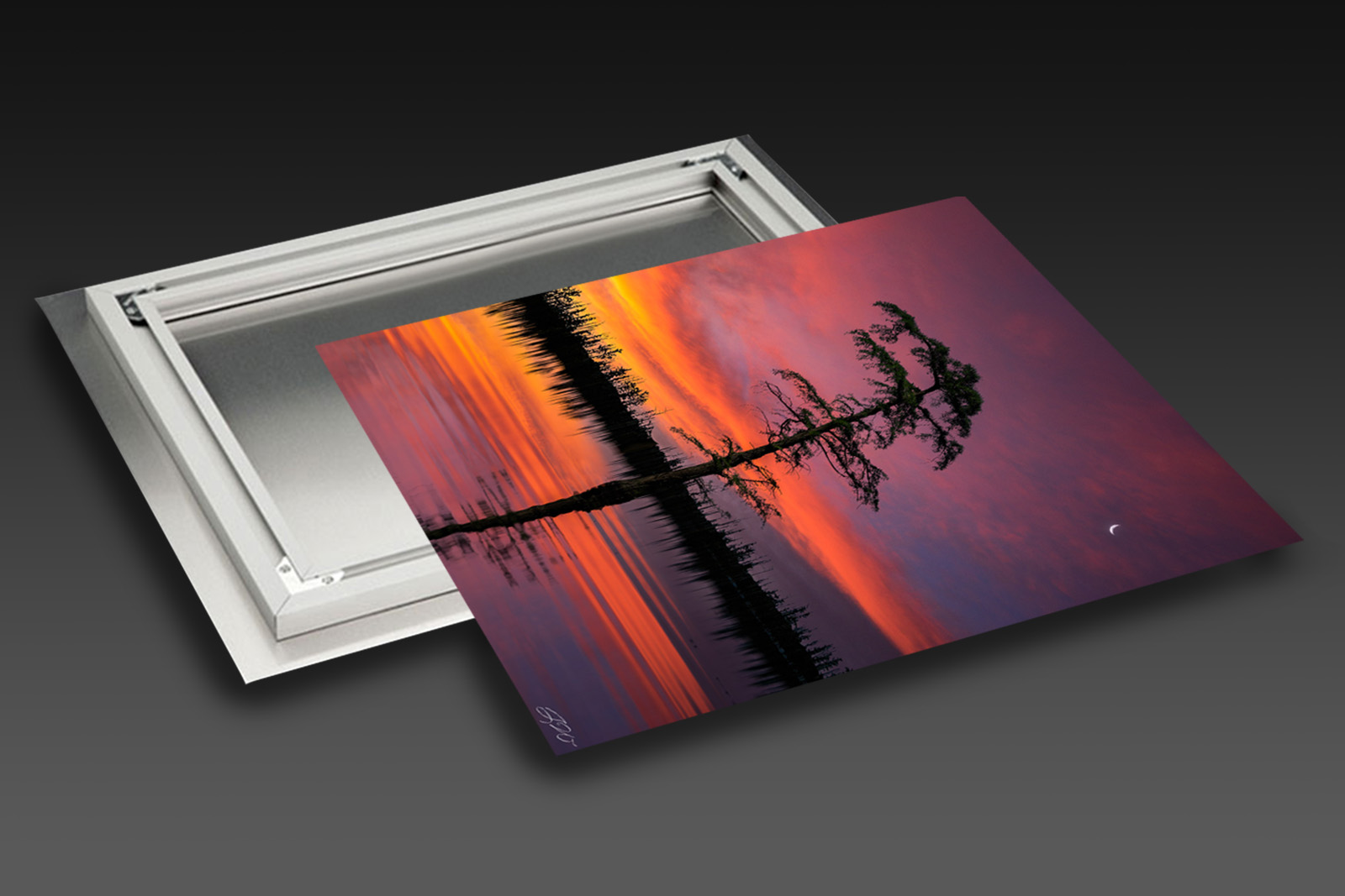 CHROMALUXE HD METAL (Ready to Hang) print preview